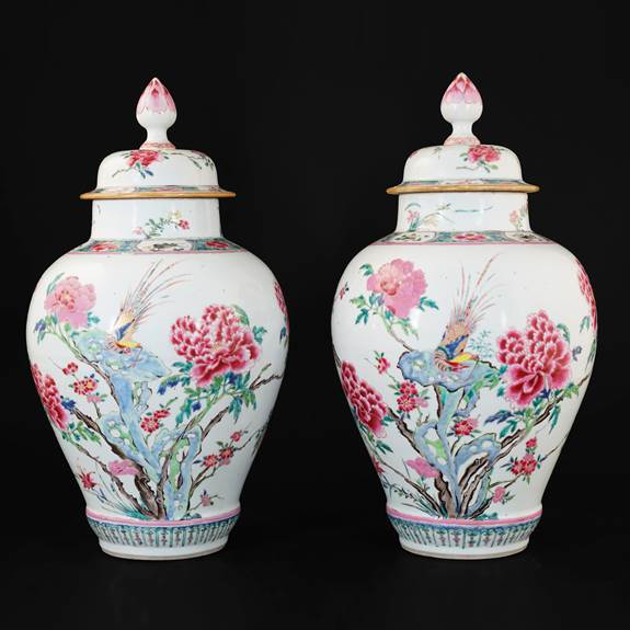 Pair of Chinese export porcelain famille rose Vases