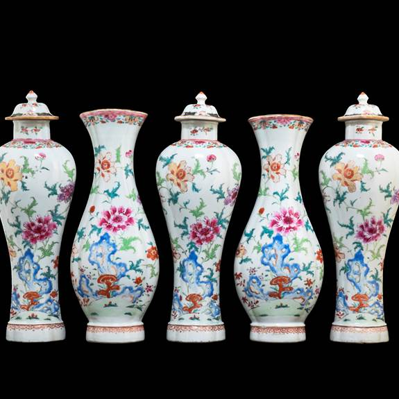 Chinese export porcelain famille rose Garniture