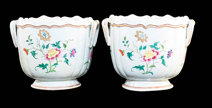 Pair of Chinese export porcelain famille rose Winecoolers with loop handles