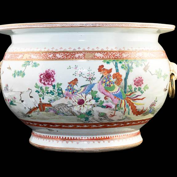 Chinese porcelain famille rose fishtank