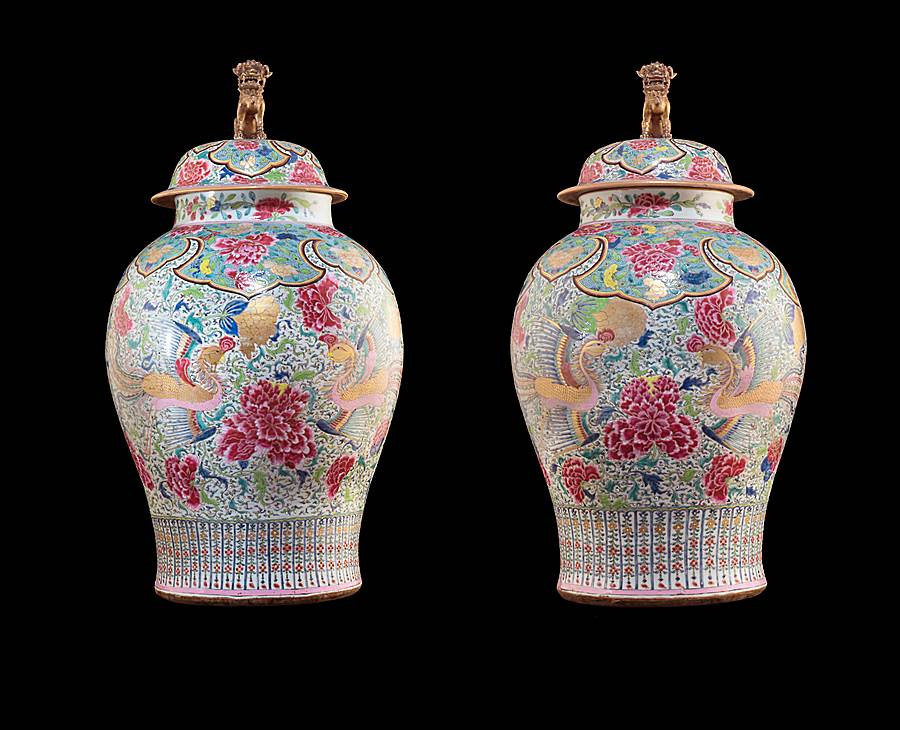 Large Pair of Chinese export porcelain famille rose vases with phoenixes