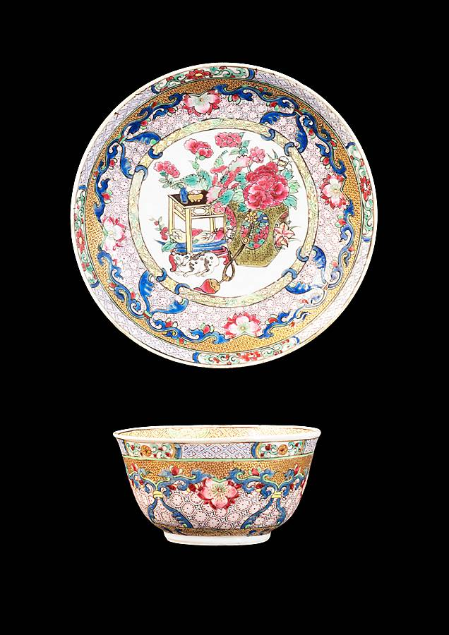 Chinese eggshell porcelain famille rose teabowl and saucer