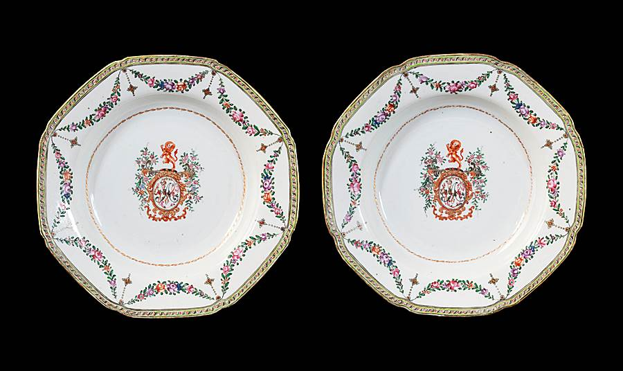GG: Pair of Chinese pseudoarmorial porcelain soup plates