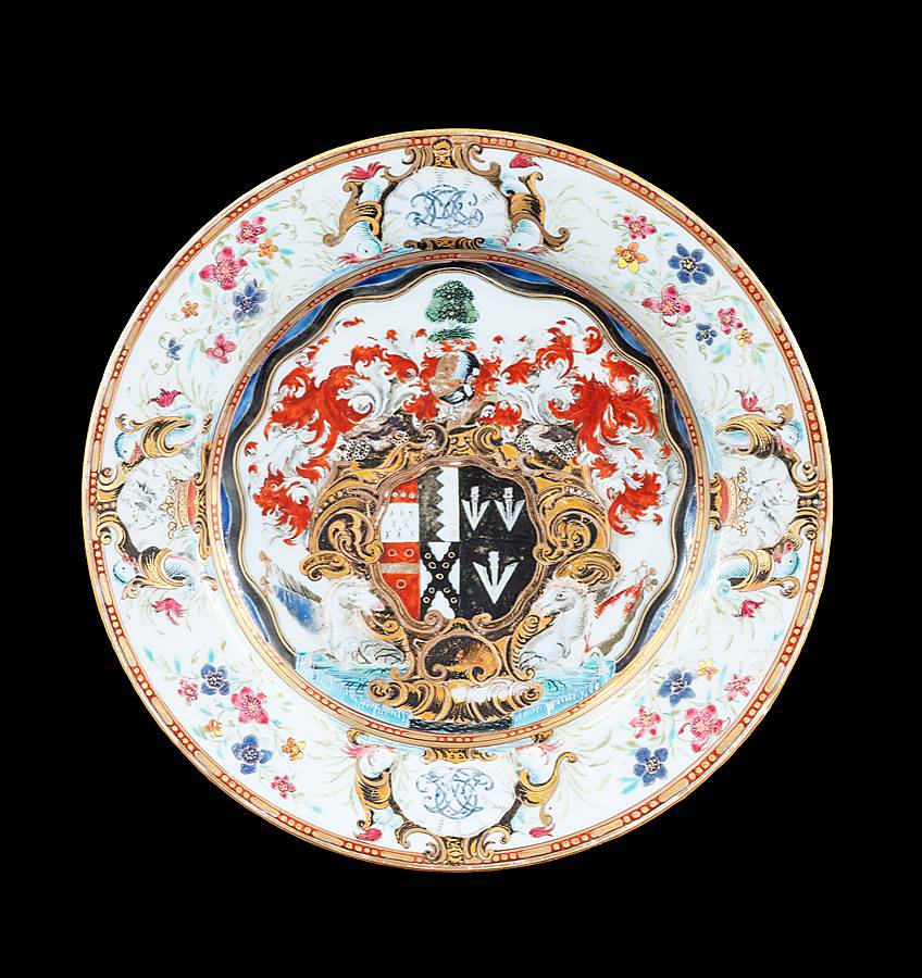 GG: Chinese export armorial porcelain dinner plate, arms of Okeover