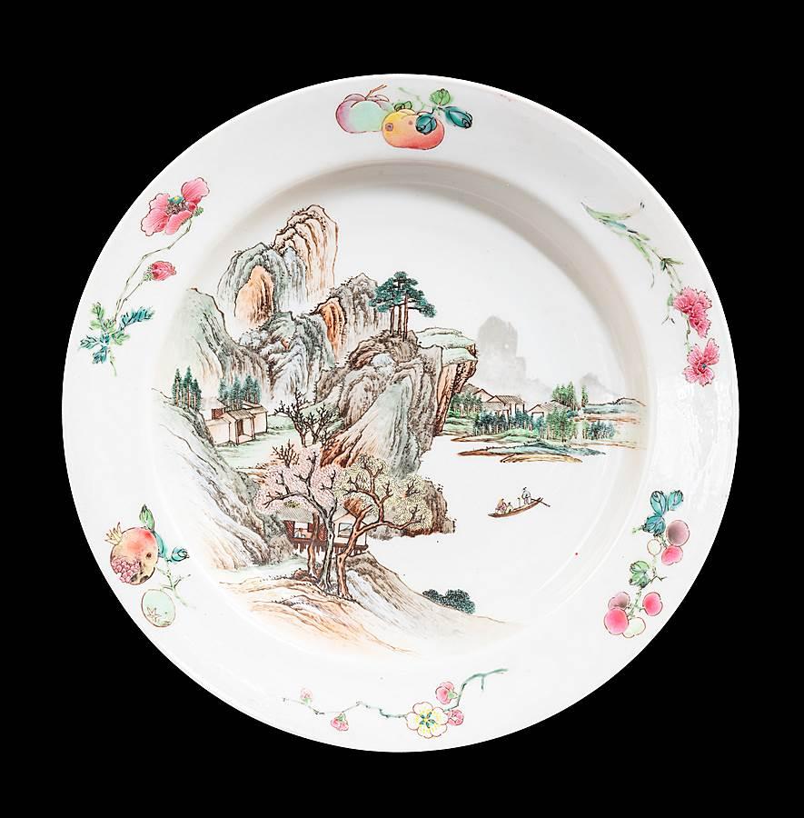 Chinese eggshell porcelain rubyback famille rose dish