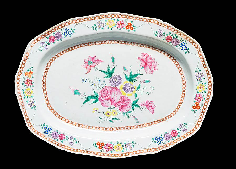 Chinese export porcelain famille rose large meatdish
