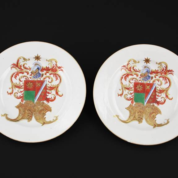Pair of Chinese export porcelain armorial plates with the arms of de Heere