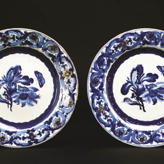 Pair of Chinese export porcelain blue and white dinner plates with designs after maria sybille merian