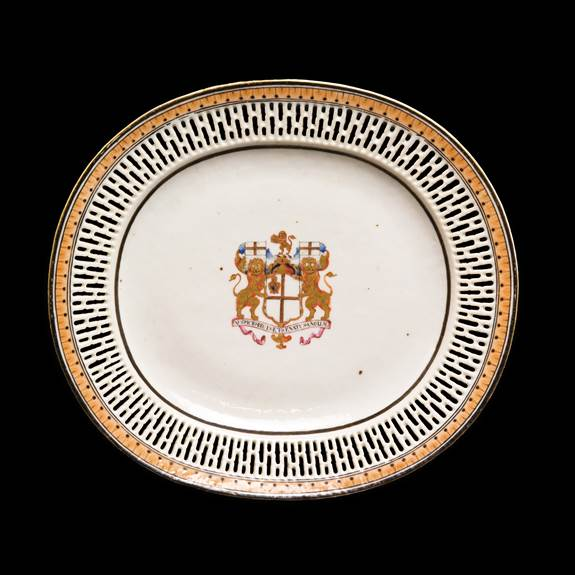 chinese export armorial porcelain reticulated dish, English East India Company