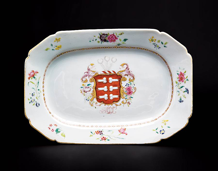 chinese export porcelain armorial meat dish, arms of mendes da costa