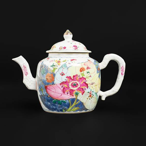 Chinese export porcelain famille rose tobacco leaf teapot