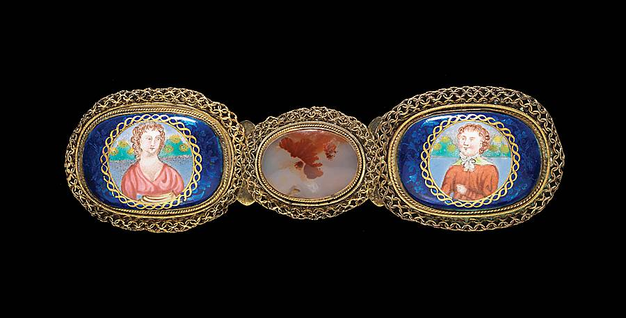 chinese painted enamel and gilt bronze belt buckle