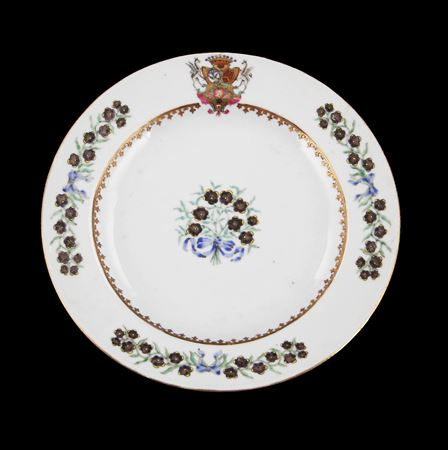 Chinese Armorial Porcelain Dinner Plate