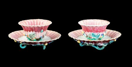 GG: Pair of Chinese export porcelain famille rose teabowls and saucers