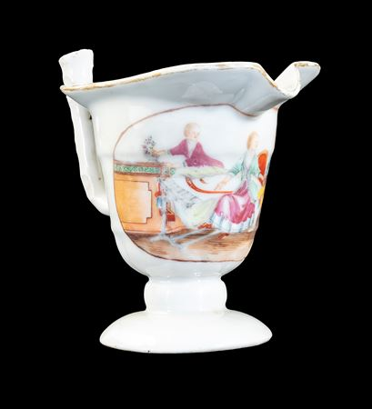 GG:  Chinese export porcelain milk jug of helmet form with European Subject