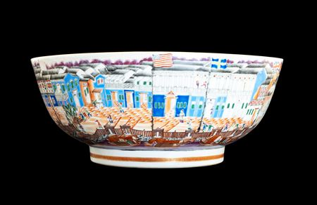 Chinese porcelain famille rose Hong Bowl with the USA flag