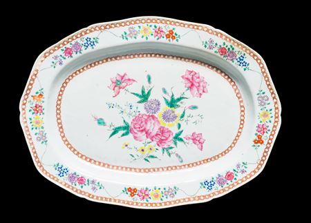 Chinese export porcelain famille rose large meatdish