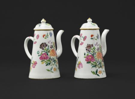 pair of miniature Chinese export porcelain chocolate pots