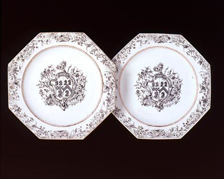 PAIR OF ARMORIAL PLATES